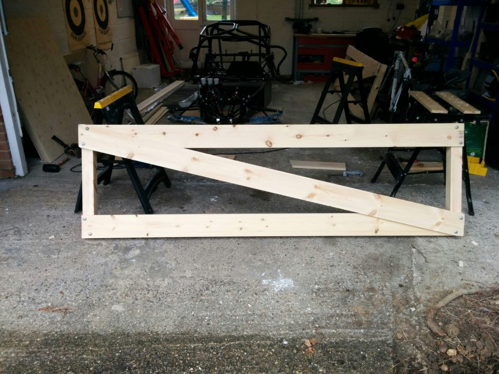 build stand side panel