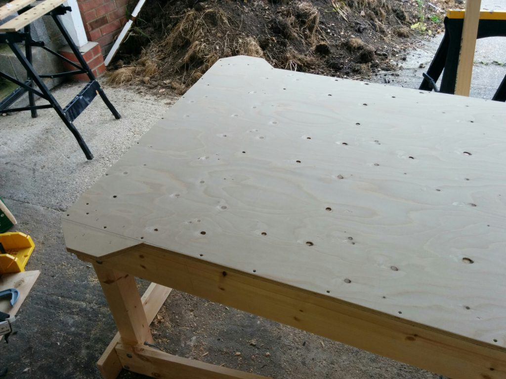 build stand base